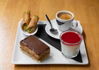cafe-noir-galerie-plat-cafe-gourmand